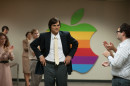 410_09__Steve_Jobs_Ashton_Kutcher.jpg