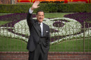 410_08__Walt_Disney_Hanks.jpg